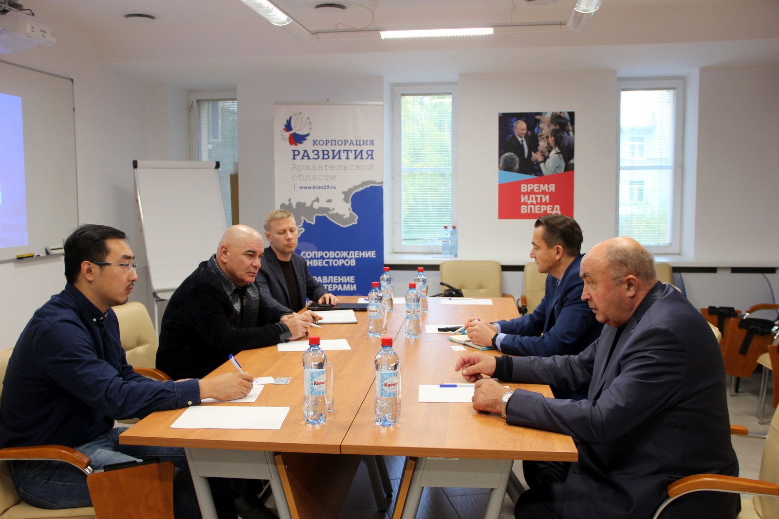 IN ARKHANGELSK, TALKS WERE HELD BETWEEN REPRESENTATIVES OF THE   Shiprepairing Center «Zvyozdochka»    AND CHINESE BUSINESS